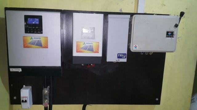 Midnite Solar mnpv3 and Axpert by Voltronics Power